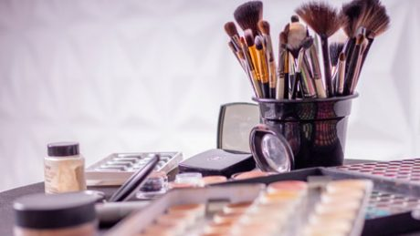free course Makeup class for Beginners